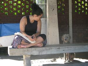 Menina atacada por cão