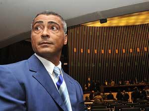 O ex-jogador de futebol Romário visita a Câmara dos Deputados nesta quarta-feira (5)