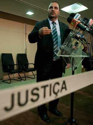 O secretário nacional da Justiça, Romeu Tuma Júnior, em coletiva de imprensa nesta quarta (5)