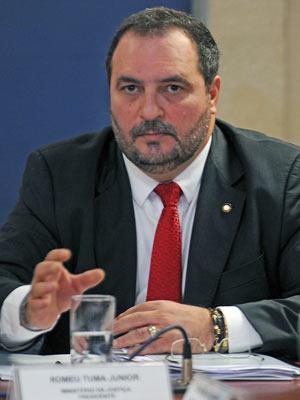 O Secretário Nacional de Justiça, Romeu Tuma Júnior, durante  reunião do Conselho Nacional de Combate à Pirataria, no final de abril