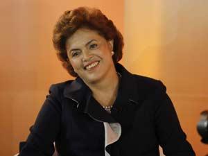 A pré-candidata do PT à Presidência da República, Dilma Rousseff, participa do Painel RBS em Porto Alegre,