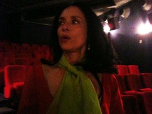 A atriz Sonia Braga em Cannes, após a exibição de 'O beijo da mulher aranha'