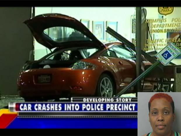 Stephanie Vester colidi seu carro contra uma delegacia de polícia de Memphis.