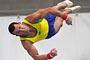 Diego Hypolito leva o ouro no solo da Copa do Mundo (AP)