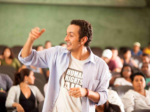 Em 'Tropa 2', Irandhir faz um professor que luta pelos direitos humanos