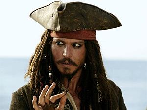 O ator Johnny Depp como o pirata Jack Sparrow no terceiro filme da série.