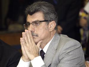 O senador Romero Jucá (PMDB-RR) durante reunião da Comissão de Constituição e Justiça nesta quarta (19)