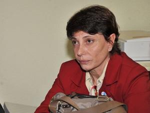 Silvana Bianchi, avó do menino Sean Goldman, em reunião com a Comissão dos Direitos Humanos do Senado. (Foto: José Cruz/ABr)