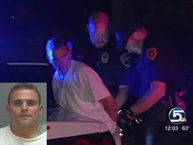 John Rhodes foi preso após esquecer carteira no carro da vítima.