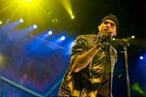 Chris Brown traz seu 'rap de FM' a São Paulo