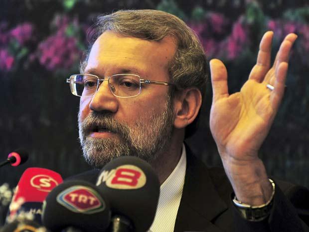 'Se quiserem revisá-lo parcialmente, o Parlamento não aceitará', disse Ali Larijani.