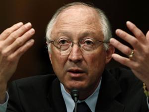 Secretário do Interior americano, Ken Salazar, se disse frustrado com trabalho da companhia.