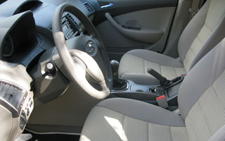 Detalhe do interior do Chery Cielo hatch