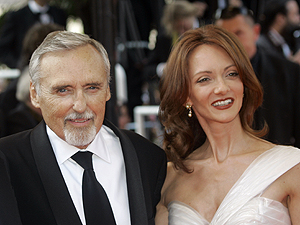 Dennis Hopper, morto neste sábado (29), ao lado de sua ex-mulher, a atriz Victory Duffy: últimos meses de vida foram marcados por divórcio conturbado.