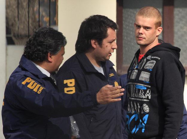 Joran van der Sloot é preso em Santiago após fugir do Peru.