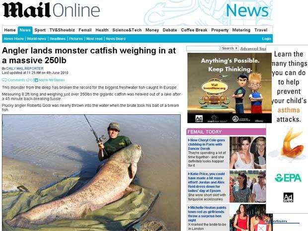 Roberto Godi com o peixe gigante.