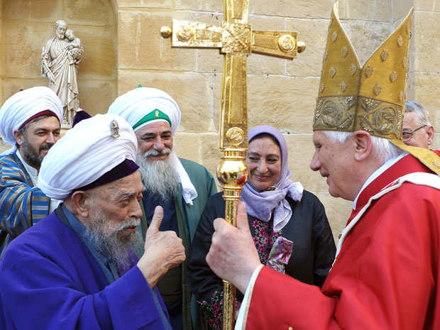 Papa Bento XVI visita ao Chipre