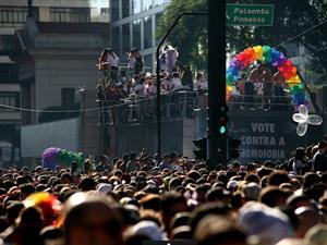 Parada Gay tem prisões por furto e tráfico