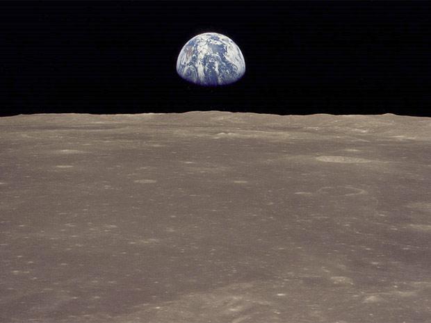 Choque entre planetas deu origem à Terra e à Lua.