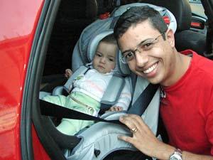 Wanderson Braga comprou cadeirinha para a filha de seis  meses
