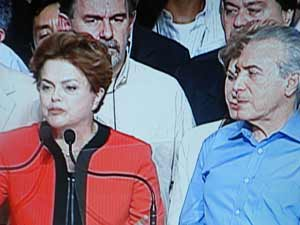 Dilma Rousseff fala na convenção do PMDB após a oficialização  de Michel Temer (PMDB-SP) como vice na chapa encabeçada pela petista