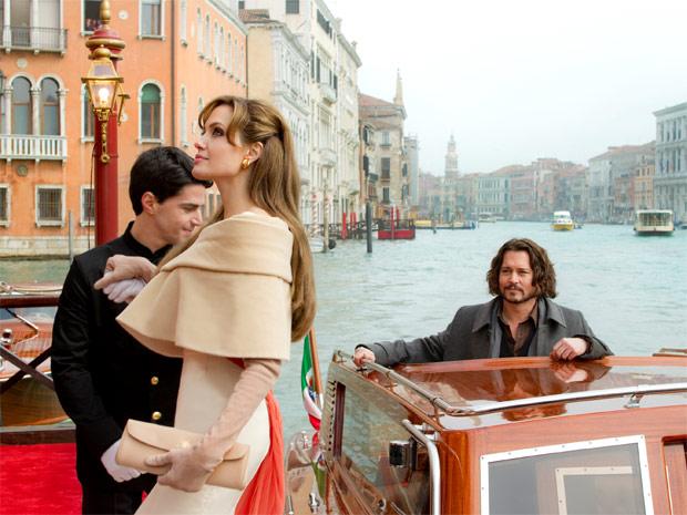 Johnny Depp e Angelina Jolie em