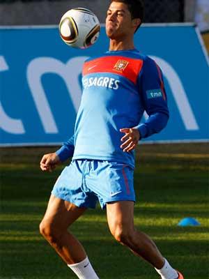 Cristiano Ronaldo com bola