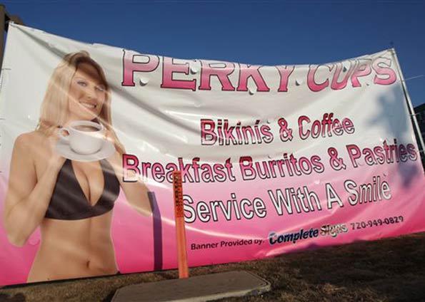 Anúncio da Perky Cups em Aurora.