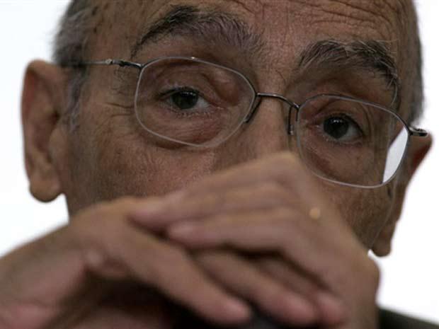 O escritor português, durante visita ao Brasil, em 2008