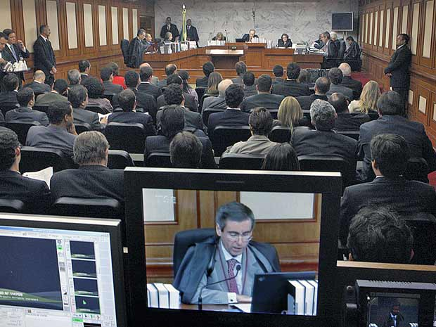 Juristas esperam 'avalanche' de ações contra lei da ficha limpa
