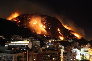 Incêndio no Morro dos Cabritos