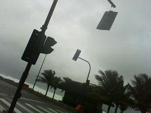 Semáforo em avenida da Reserva oferece perigo