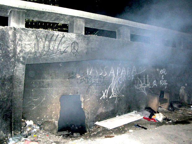 Detidos estavam dentro de um viaduto, no sentido Zona Norte, que fica em frente à Uerj, na altura da estação do metrô do Maracanã