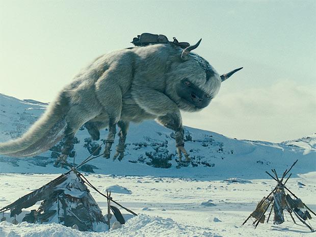 Estúdio divulgou imagens do filme 'O último mestre do ar', nova produção do diretor M. Night Shyamalan (de 'O sexto sentido')
