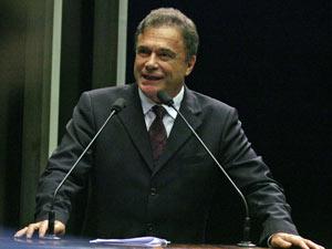 Senador Álvaro Dias (PSDB-PR)