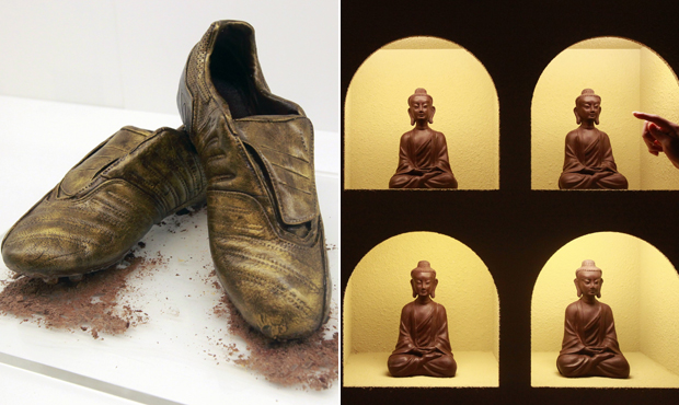 Chuteiras e imagens de Buda são algumas das obras que compõem  a mostra, que fica na cidade até 28 de setembro.