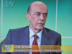 O candidato do PSDB à Presidência, José Serra, em entrevista à jornalista Miriam Leitão, da Globo News
