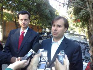 O Presidente do DEM, deputado Rodrigo Maia(RJ), e o Prefeito de São Paulo, Gilberto Kassab, nesta Quarta(30).