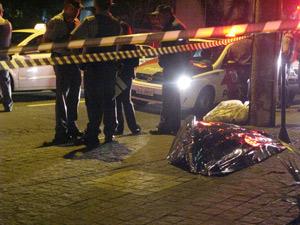 Homem morto na Alameda Santos
