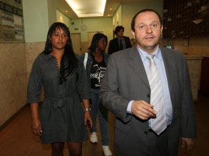 Firpe, advogado de Macarrão, encontrou com Dayane, mulher de Bruno