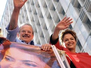 Dilma Rousseff e Tarso Genro participam do primeiro dia de campanha no RS