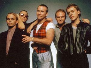 O grupo Men at Wor nos anos 80