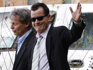 Richard Cummins e Charlie Sheen