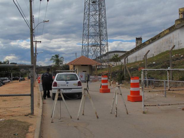 Agentes penitenciários evitar falar sobre rotina dos presos  envolvidos no desaparecimento de Eliza Samudio