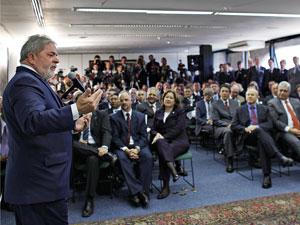 Presidente Lula discursa durante cerimônia de lançamento do  edital de concorrência do projeto do Trem de Alta Velocidade