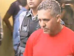 Marcos Aparecido dos Santos, com o uniforme da penitenciária  mineira