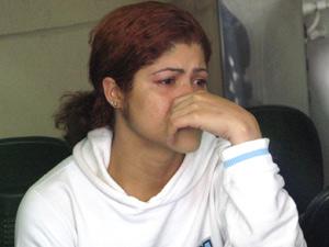 Islaine, mãe de Wesley, estava inconsolável no IML.