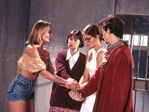 'Quatro por quatro': novela de 1994 faz sucesso na TV a cabo