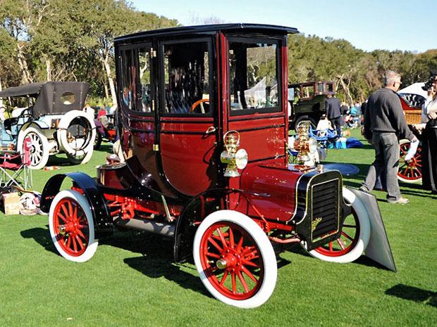 Numa época em que a maioria dos carros era conversível, o Cadillac M Coupé de 1906 foi um dos primeiros carros fechados.  Ele é considerado o avô dos carros-conceito.