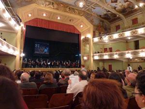 Apresentação no Teatro Central marcou abertura dop festival
